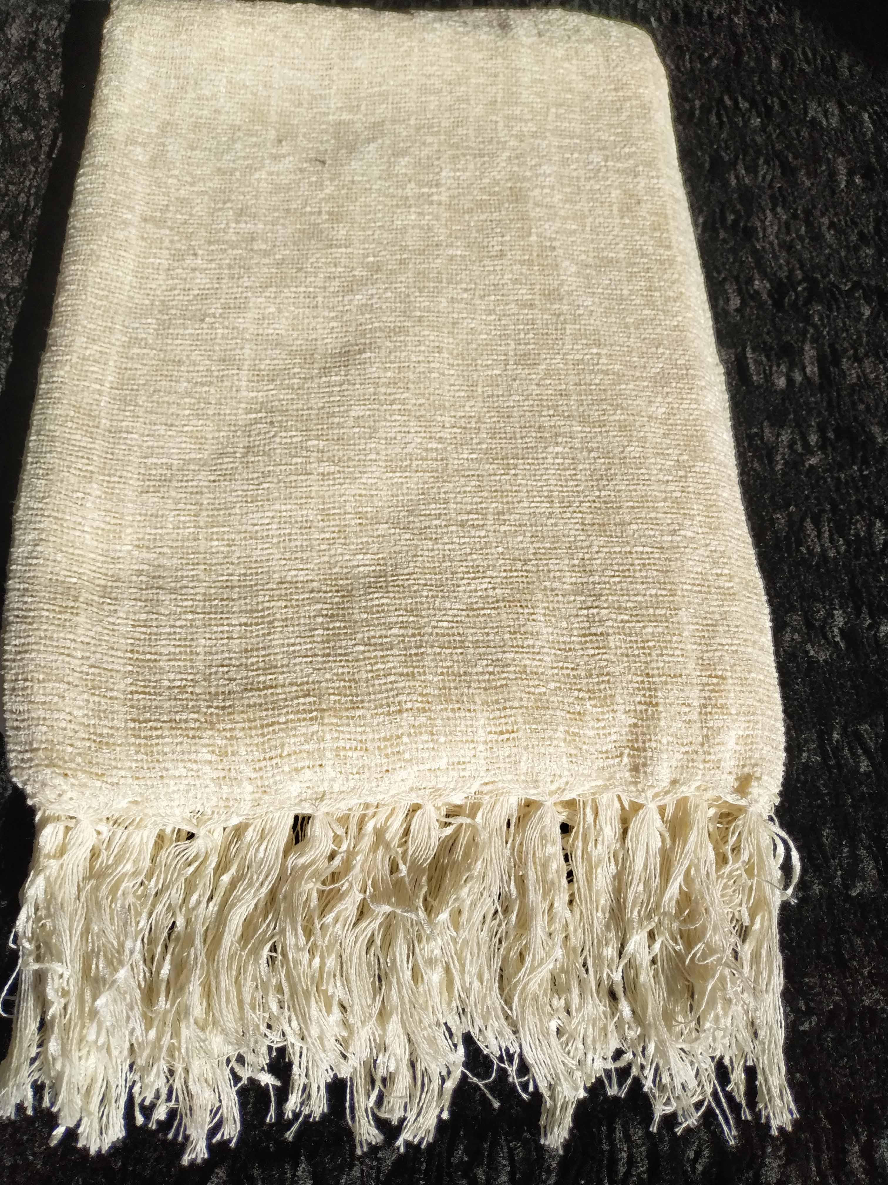 Manta Para Sofá de Chenille Off White